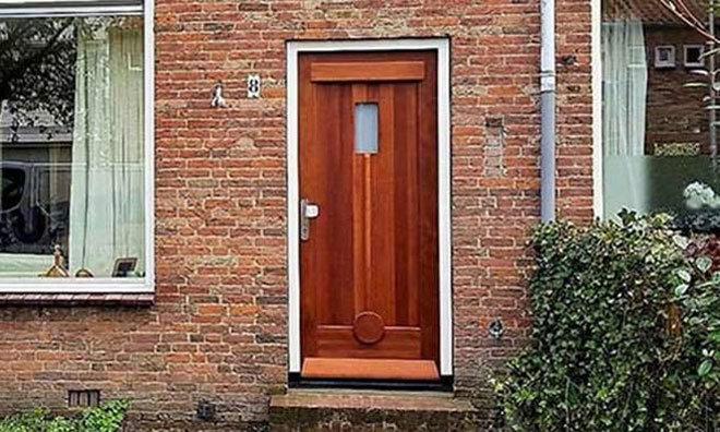 Voordeuren in Alkmaar, Noord Holland